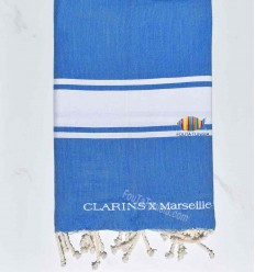 telo mare blu con strisce bianche ricamato e personalizzato per CLARINS